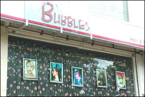 Bubbles Beauty Parlor