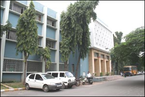 Jawaharlal Nehru College Of Architecture & Fine Arts University (JNAFAU) - JNTU